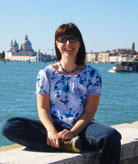 Emily Davenport, Dairy Diary Managing Editor