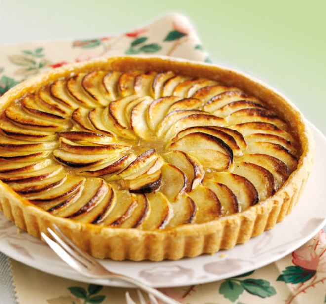 Bramley Apple Week and the Prettiest Apple Tart