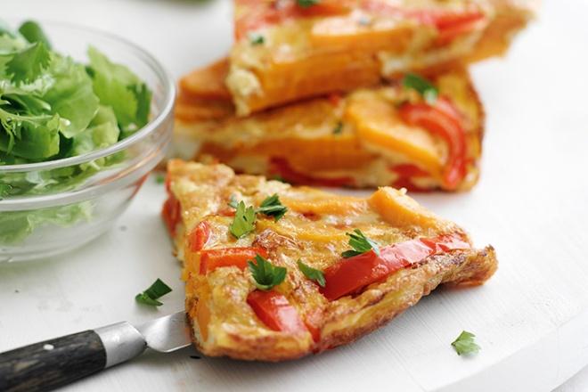 Sweet potato and pepper omelette
