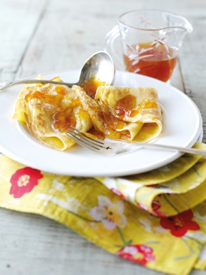 Crêpes with Brandy Marmalade Sauce