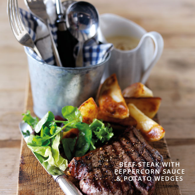Beef Steak with Peppercorn Sauce & Potato Wedges