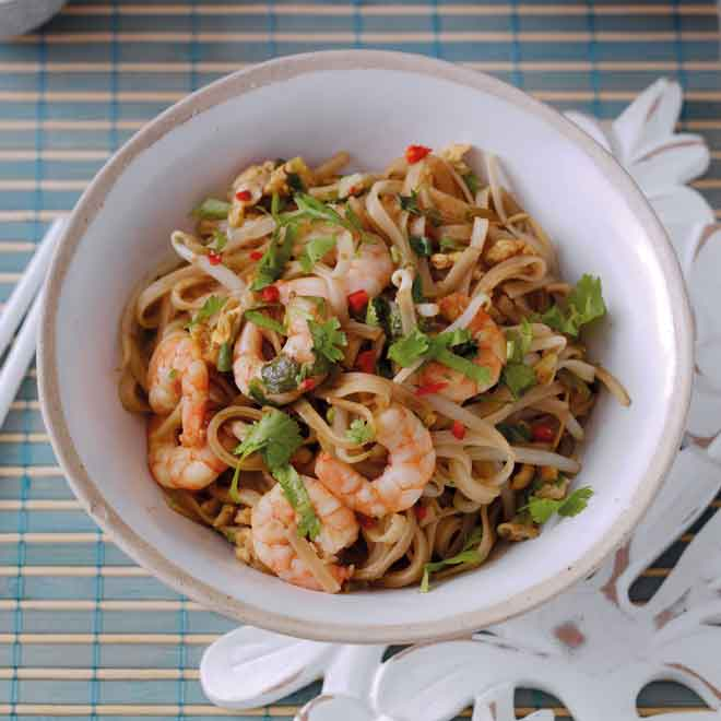 Speedy Pad Thai with Prawns